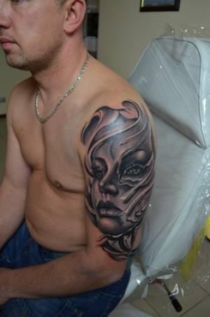 Lasery do usuwania tatuażu- działanie, przegląd laserów, różnice między laserami, zabiegi usuwania i rozjaśniania tatuaży