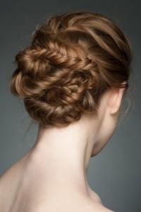 10 stylizacji na Sylwestra i Karnawał dla krótkich i długich włosów