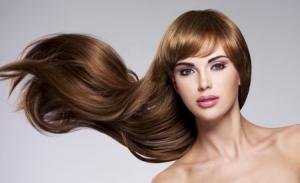 Trwała odbudowa włosów – czy są sprawdzone sposoby?